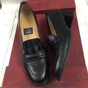 Selby leather handcrafted loafers Sz 9.5